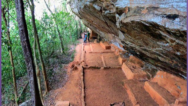 Ampara - Samangala cave temle